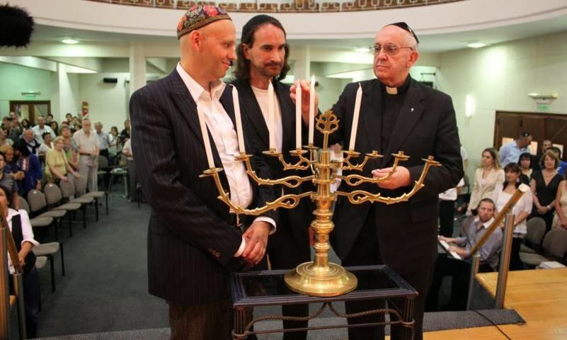 r.p. Jorge Mario Bergoglio, S.I., Franciscvs P.P. I