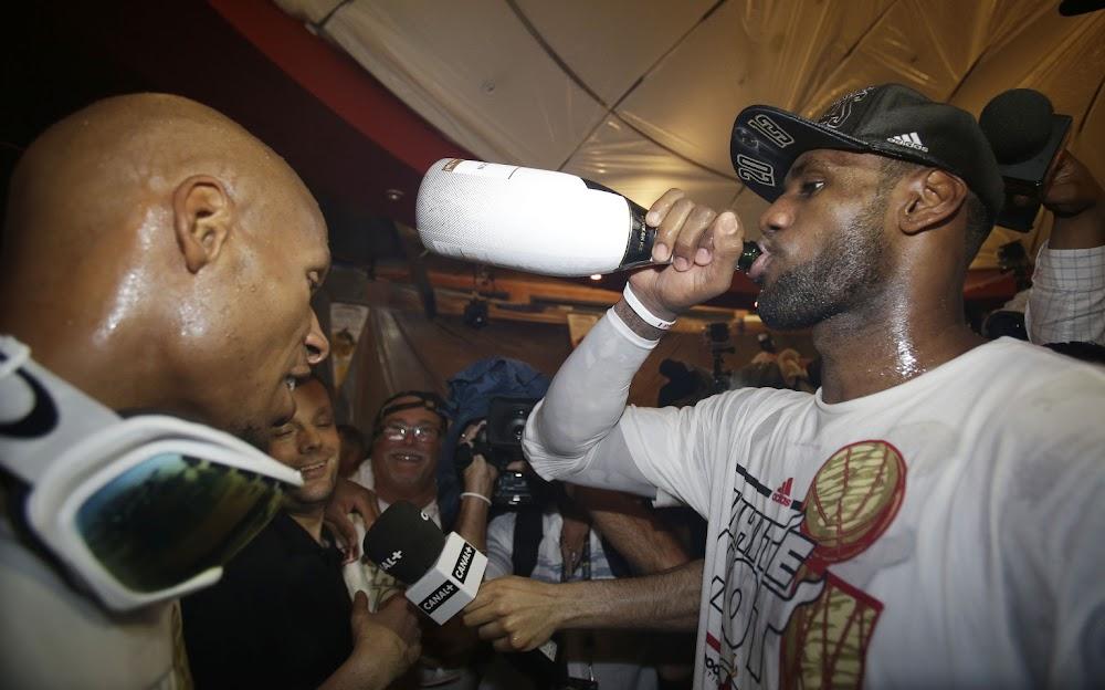official photos 2b750 ba420 Video Miami Heat Celebrate 2013 Championship in Locker Room