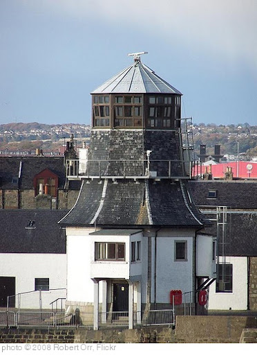 'Aberdeen Port control tower' photo (c) 2008, Robert Orr - license: http://creativecommons.org/licenses/by-nd/2.0/