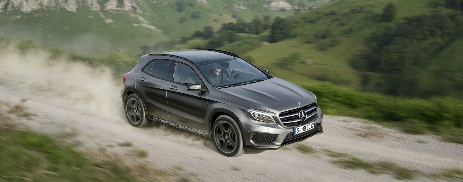 2015 GLA crossover goes official after online leak