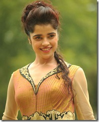 Telugu Actress Piya Bajpai Latest Hot Pics