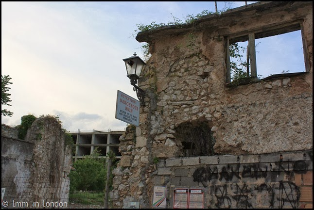 Be Careful - dangerous ruin - Mostar