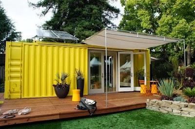 Casa sostenible fabricada con un contenedor marino. Foto vía www.laurbana.com