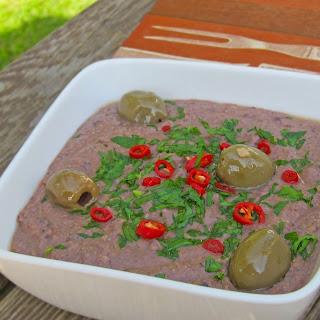 2-Minute Black Bean Hummus!.