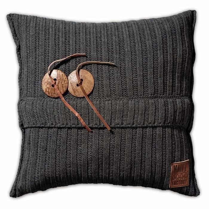 101210_knit_factory_gebreid_kussen_50x50_aran_vz_antracite_5.jpg