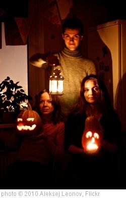 'Halloween' photo (c) 2010, Aleksej Leonov - license: http://creativecommons.org/licenses/by-sa/2.0/