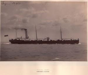 Steam tanker TRIGONIA. Armstrong MitchellWithworth Photographs. De la web TOMORROW¨S HISTORY.jpg