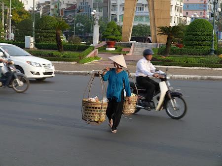 155. traversare Ho Chi Minh.JPG