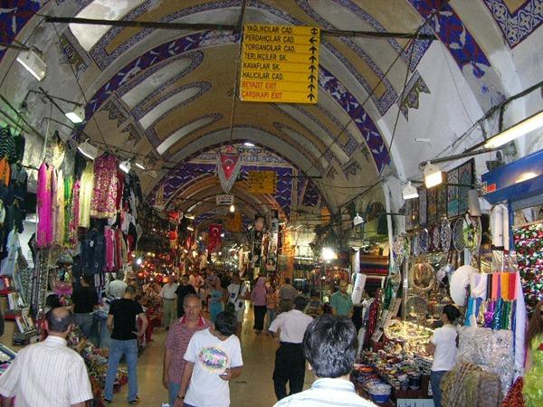 جراند بازار اسطنبول - السوق المغلق في اسطنبول