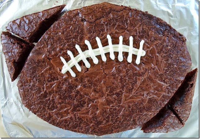 large football brownie 007