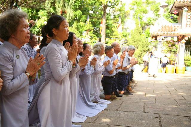 IMG 1838 Đại lễ Phật đản PL 2557 tại Tu viện Quảng Hương Già Lam
