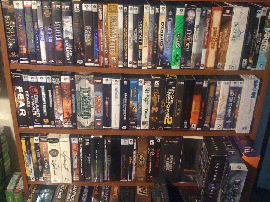 была коллекция игр на компьютер также