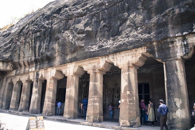 ajanta-caves-9