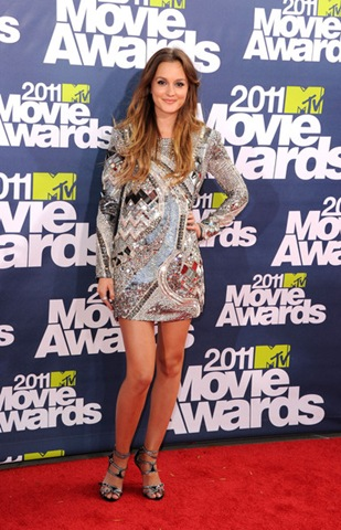 Leighton Meester arrives at the 2011 MTV Movie Awards