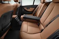 New BMW 3 Series: Rear seats Luxury Line (10/2011)