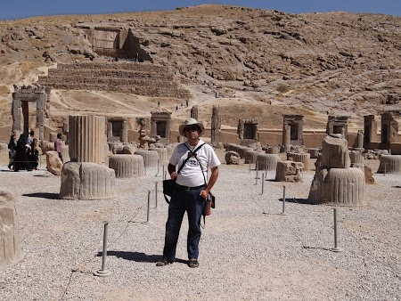 15. Prin Persepolis.JPG