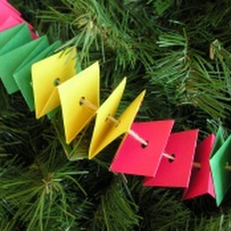 Guirnaldas navidad manualidad 3 años