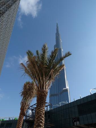 Cea mai inalta cladire din lume: Burj Khalifa Dubai