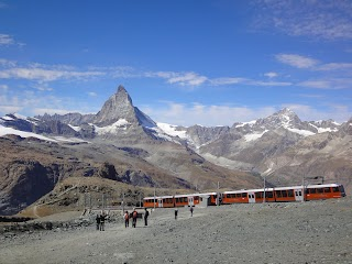 Cervin avec le train à crémaillère Zermatt-Gornergrat