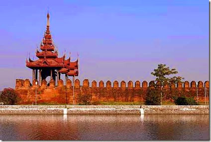 mandalay-palace-wall