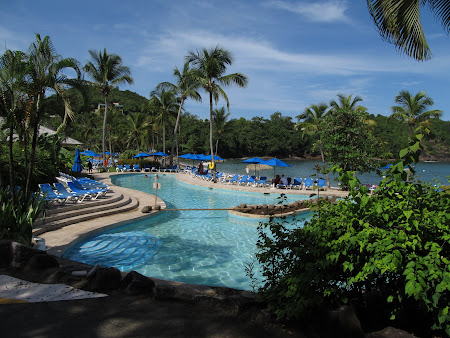 1. piscina Smugglers Cove.jpg