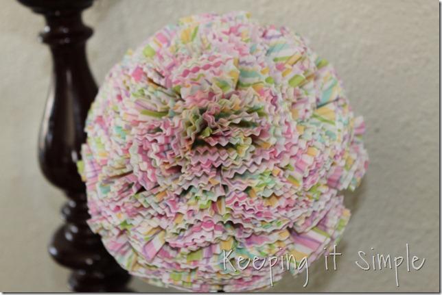 cupcake liner ball (5)