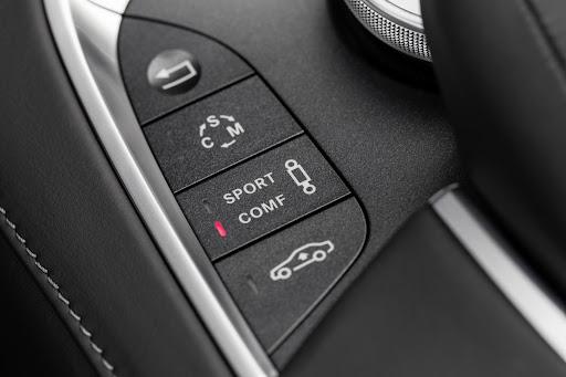 2014-Mercedes-Benz-S63-AMG-37.jpg