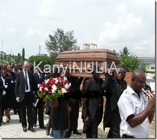 pictures of goldie burial