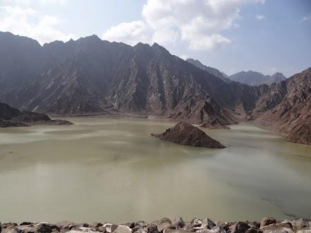 Imagini Hatta: Lac in desert