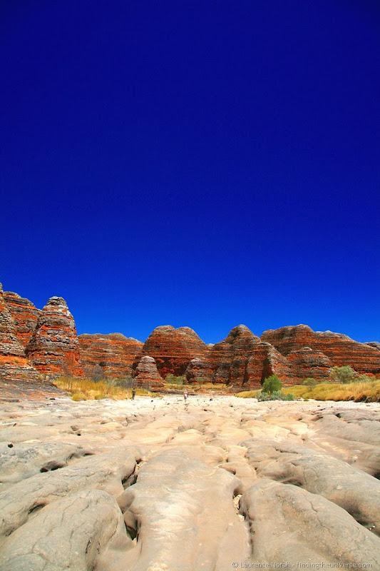 Purnululu bungle bungle rock formation dry river bed 2