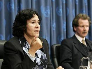 A gauche, la représentante spéciale adjointe du secrétaire générale des Nations unies en RDC, Leila Zerrougui (Photo/Mark Garten)