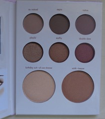 Stila Dare To  Bare Collectible Palette_Inside
