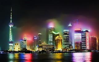 Energie et développement - éclairage nocturne et pollution sur Pudong (Shanghai) en Chine