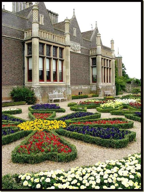 Charlecote Park - garden