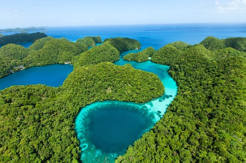 rock-islands-palau-3