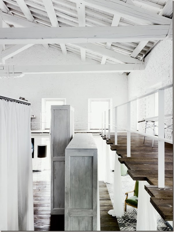 Paola-Navone-Industrial-Style-Conversion-8