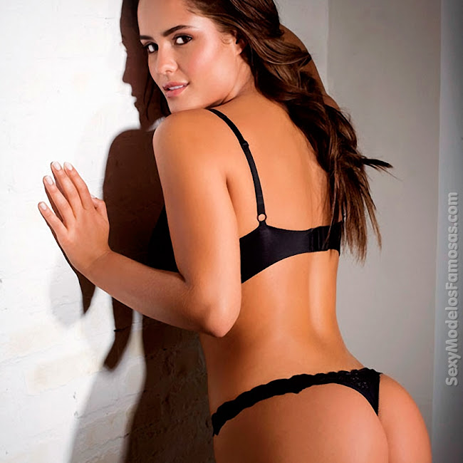 Ana Lucia Dominguez Desnuda SoHo Foto 15