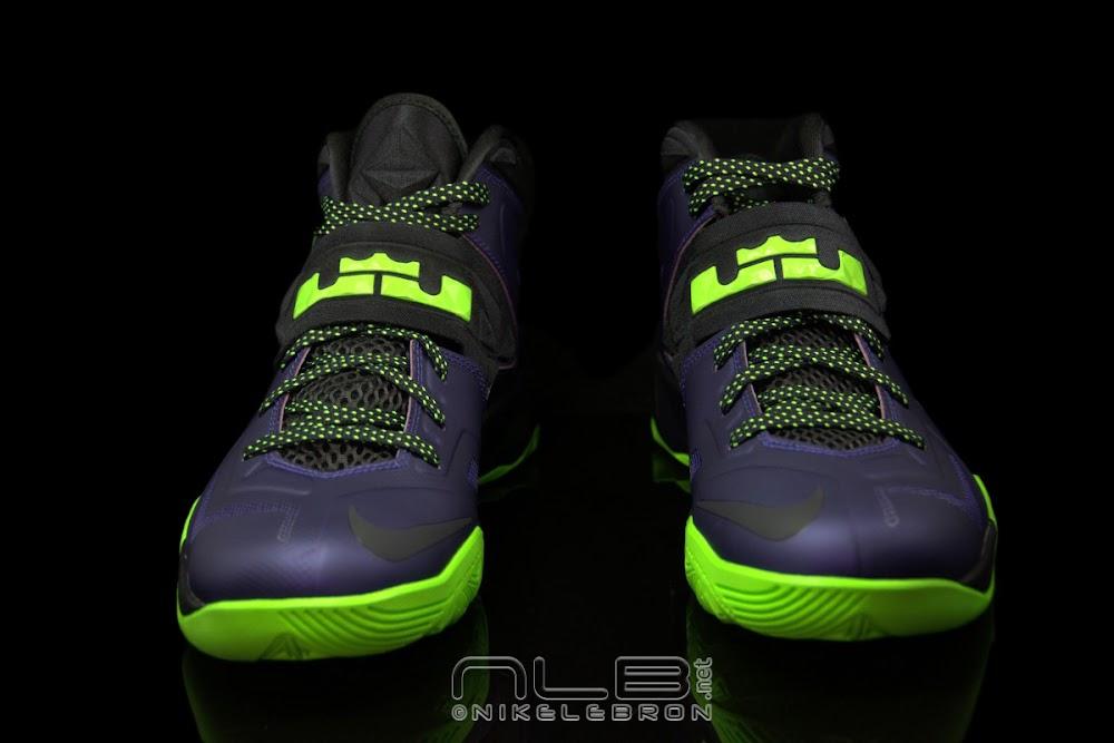 6a7521bfaa1d ... The Showcase Nike Zoom LeBron Soldier VII JOKER ...