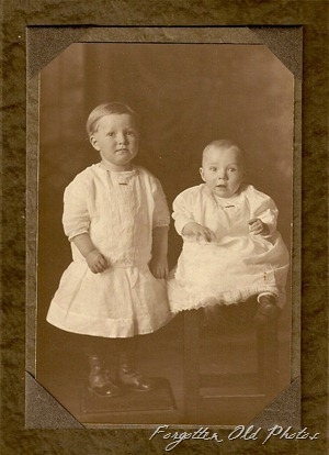 Two children PR Raven Studio Wadena