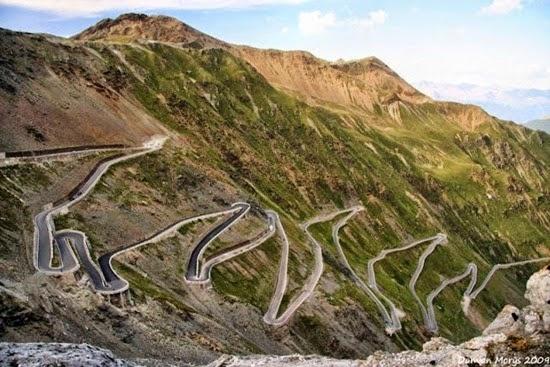 Stelvio-Pass-Alpes-Orientais-na-Itália