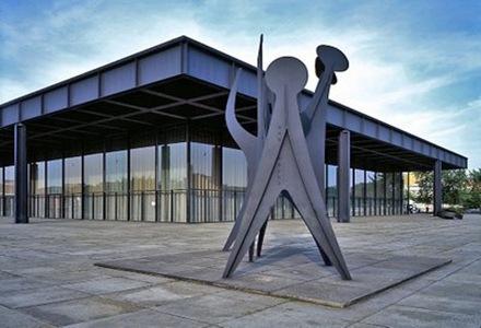 Neue-National-Gallery-de-Mies-van-der-Rohe-3