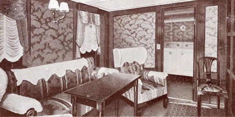 Salón del departamento de lujo. Foto de la Memoria de la Compañía Trasmediterránea. Año 1.933.JPG