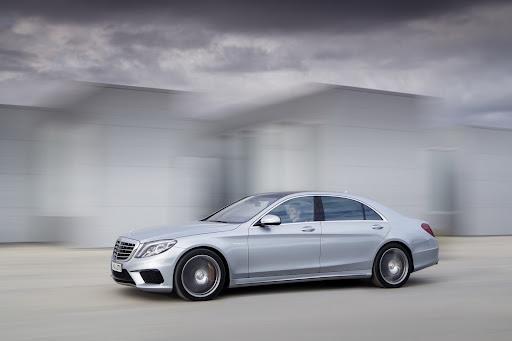 2014-Mercedes-Benz-S63-AMG-14.jpg