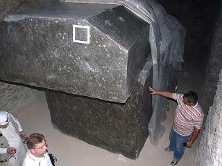 гранитные саркофаги египетских пирамид это резонаторы или камертоны, а не гробы