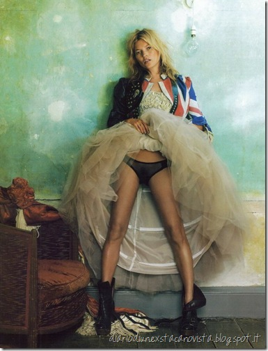 Kate Moss Vogue October 2008