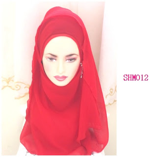 shawl halfmoon merah