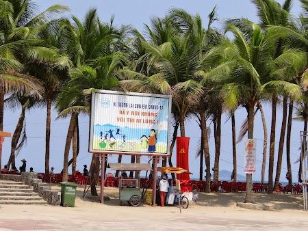 31. Plaja Vietnam.JPG