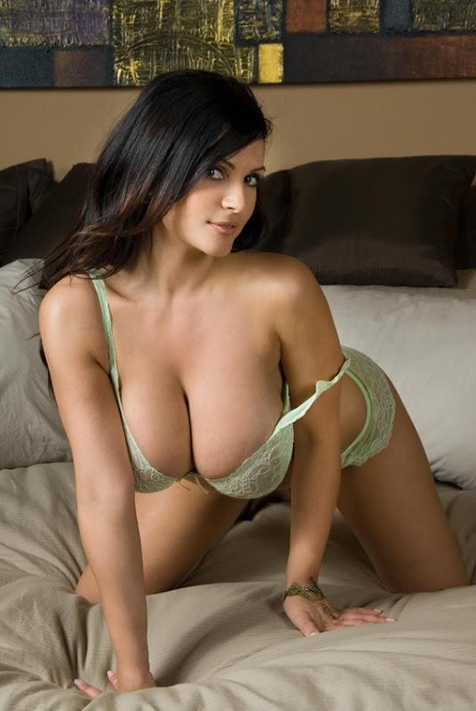 Denise Milani 1