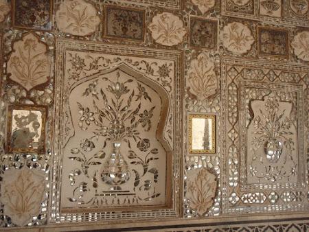 Arta India: Ornamente unice din Amber fort Jaipur