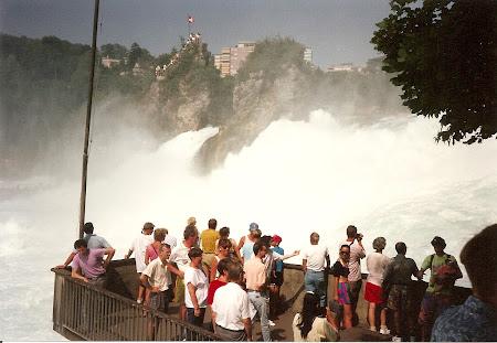 Ce vizitam la 20 ani: Cascada Rinului in Elvetia